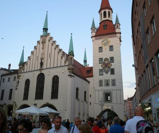 interesting buildings picture of marienplatz munich tripadvisor. Black Bedroom Furniture Sets. Home Design Ideas