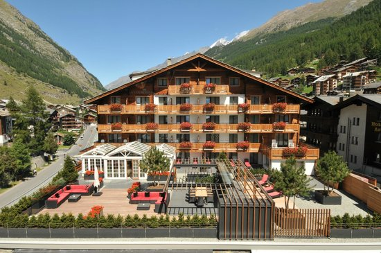 Photo of Hotel La Couronne Zermatt