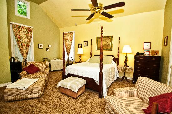 Photo of A Yellow Rose Bed and Breakfast San Antonio