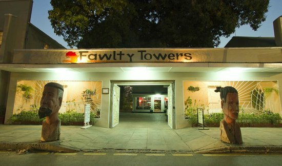 ‪Fawlty Towers‬
