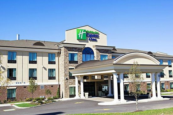 Holiday Inn Express Hotel & Suites Youngstown W - I-80 Niles Area