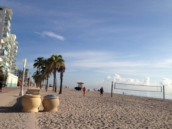 Hollywood Beach Suites Hostel Hotel Reviews