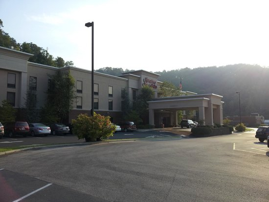 Photo of Hampton Inn & Suites Hazard