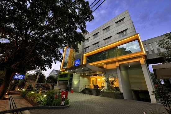 Photo of Grand Seriti Hotel Bandung