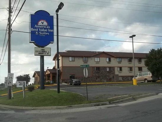 Photo of Americas Best Value Inn & Suites Bedford