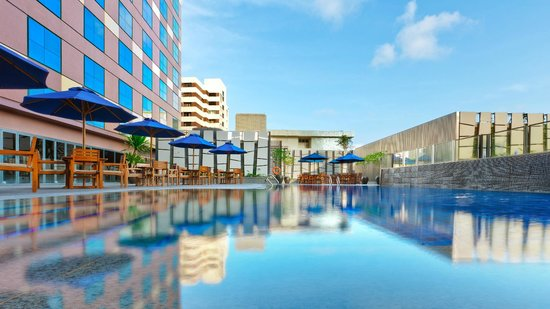 Grand Mercure Roxy Singapore