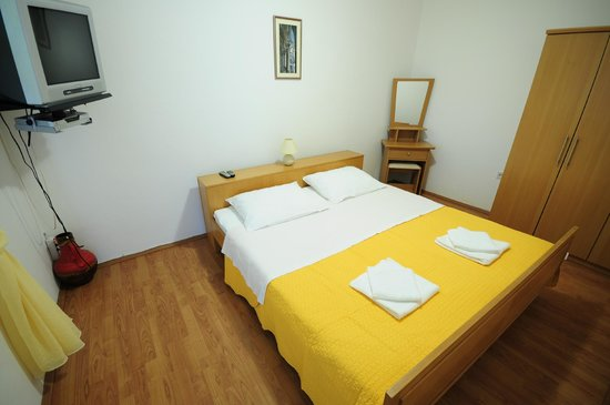 Anica Rooms