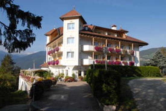 Photo of Quality Hotel Rodeneggerhof Rodengo