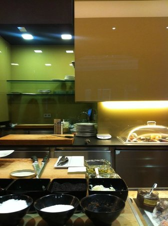 The chef s work station picture of nu restaurant - Restaurante nu girona ...