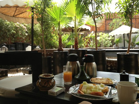 Riad Dar Najat: view from the breakfast table of the terrasse