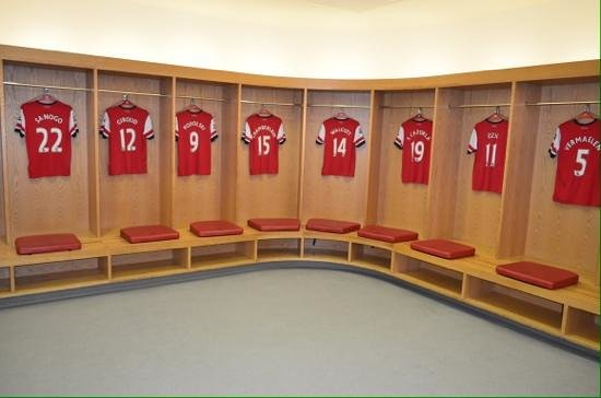 locker room windows 10 changing rooms of famous football teams soccer