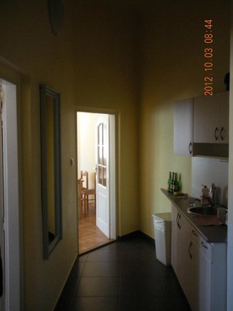Old Town Residence Apartments: View through the kitchen to common room