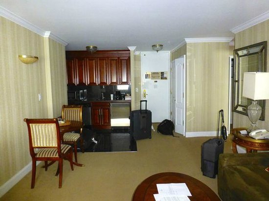 Living Room And Kitchen Picture Of The Kimberly Hotel New York City Tripadvisor