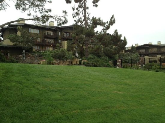 The Lodge at Torrey Pines: Back exterior of the property