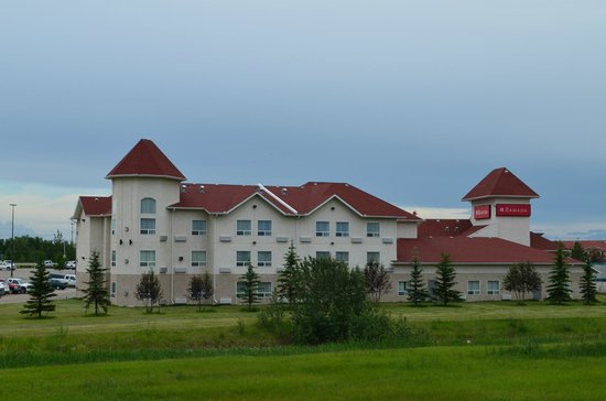 ‪Ramada Edmonton International Airport‬