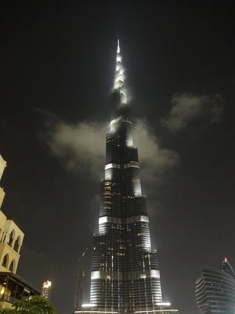 Mystical burj khalifa night picture of armani hotel for Burj khalifa room rates per night