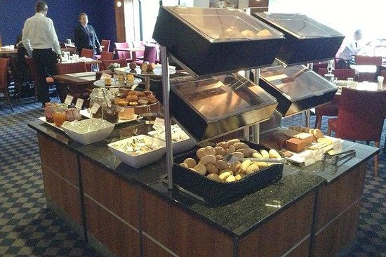 Mercure Hotel Amsterdam City: breakfast buffet