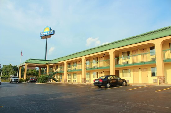 Photo of Days Inn Macon I-475