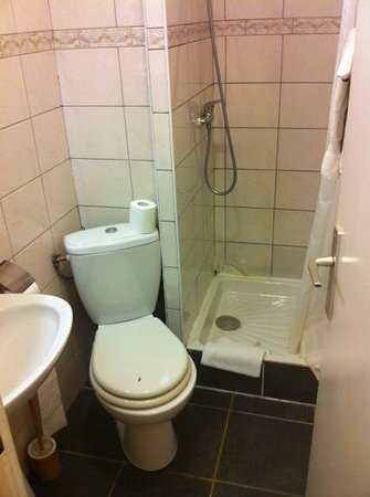301 moved permanently - Photo petite salle de bain douche ...