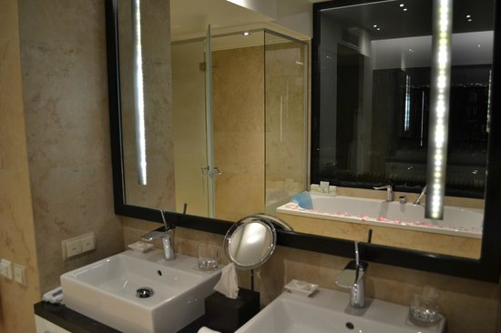 Original Hotelampbathroom Lighted Frameless Mirror For Decoration  Buy Hotel