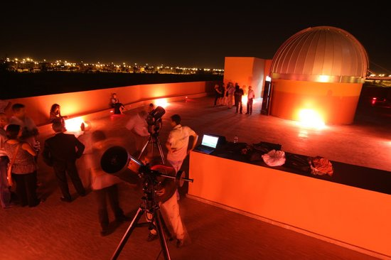 belle soir e entre amis picture of observatoire astronomie marrakech centre culturel. Black Bedroom Furniture Sets. Home Design Ideas