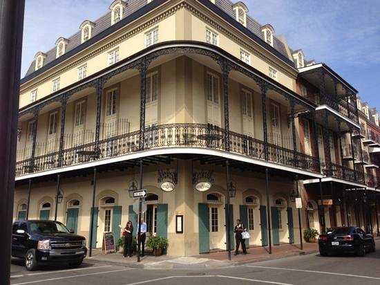 hotel st marie in new orleans. Black Bedroom Furniture Sets. Home Design Ideas