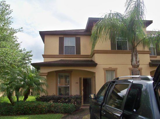 3 bedroom townhouse unit Picture of
