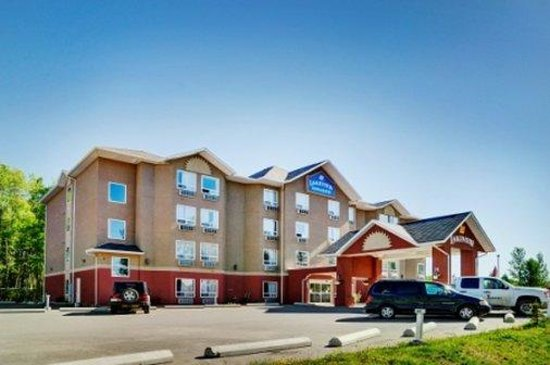 Lakeview Inn & Suites Chetwynd