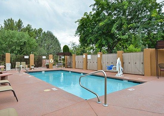 Arroyo Pinion Hotel, an Ascend Hotel Collection Member: Outdoor pool