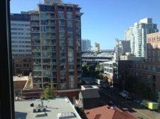 view from my room on the 7th floor towards petco park. Black Bedroom Furniture Sets. Home Design Ideas