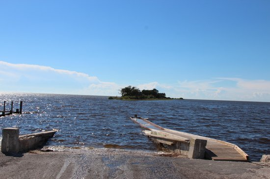 Boardwalk and fishing pier picture of fort island gulf for Crystal river fl fishing report