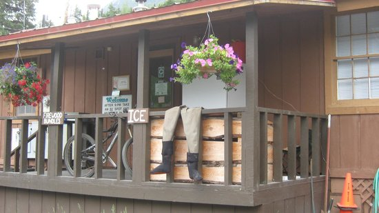 Kenai Riverside Campground and B&B
