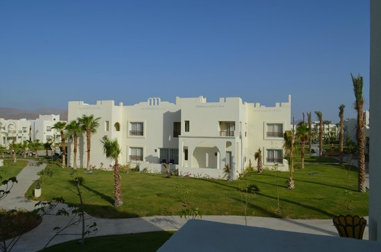 Hotel block picture of le royal holiday resort sharm el for Royal motor inn la grande or
