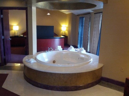 Whirlpool Tub Picture Of Pier 5 Hotel Baltimore