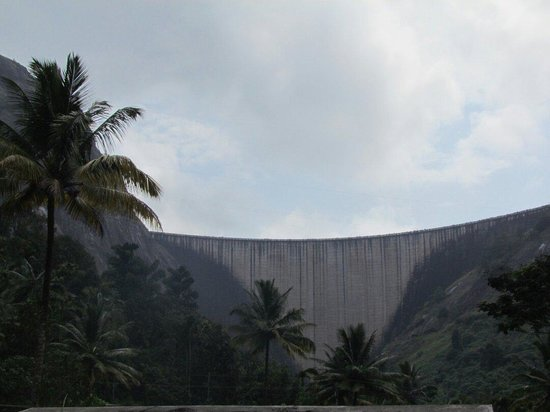 Idukki, India: Arch dam.out side view
