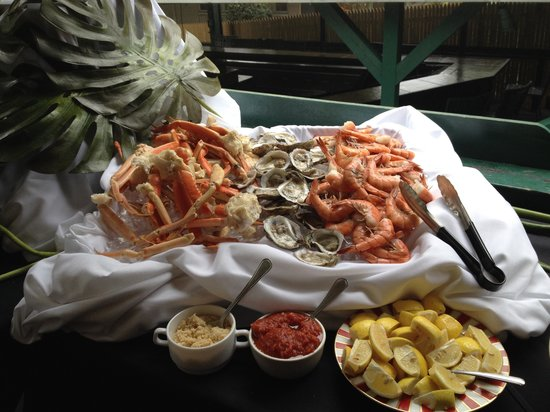 Sunday live jazz brunch buffet 11 30 4 picture of for Table 52 sunday brunch