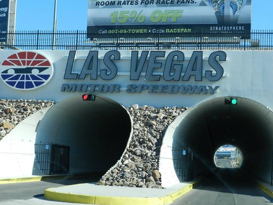 301 moved permanently for Hotels close to las vegas motor speedway