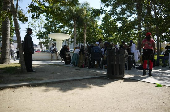 Drum circle picture of leimert park village los angeles for Ackee bamboo jamaican cuisine in leimert park
