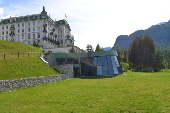 Grand Hotel Kronenhof: Vista panoramica dell'hotel