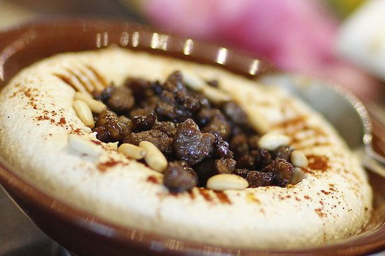 Hommos with meat picture of yasmina lebanese cuisine for Cuisine yasmina