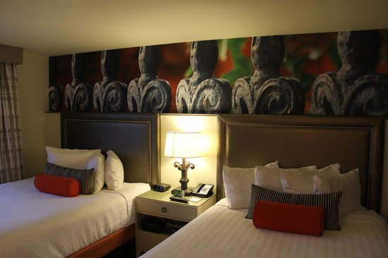 Headboard Photo Mural Hotel Indigo New Orleans Garden