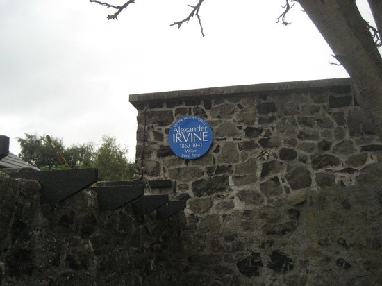 Pogue's Entry Historical Cottage: Plaque