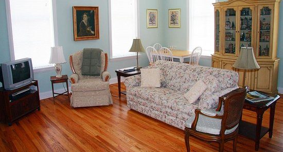 Photo of Egg & I Bed and Breakfast Paducah