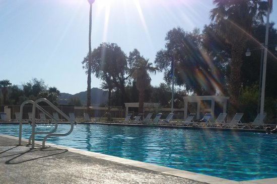 Furnace Creek Inn and Ranch Resort: Pool