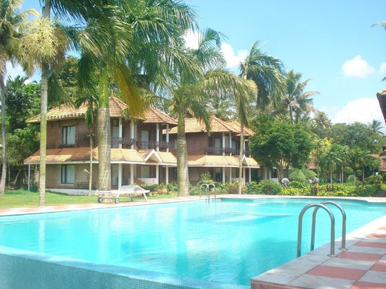 Swimming Pool Picture Of Leisure Vacations Goldfield Lake Resort Kumarakom Tripadvisor