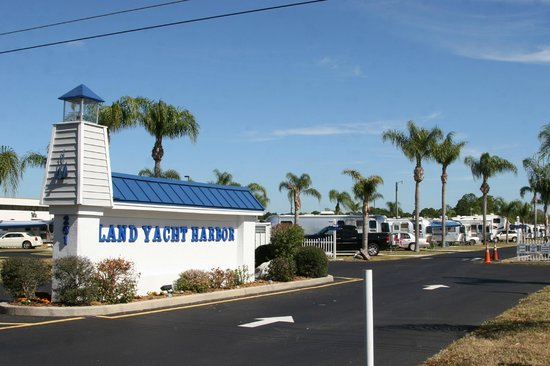 Land Yacht Harbor RV Park
