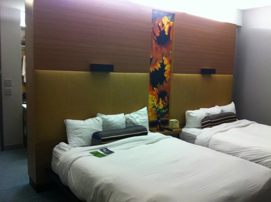 Aloft Dulles Airport North: Room with Double beds