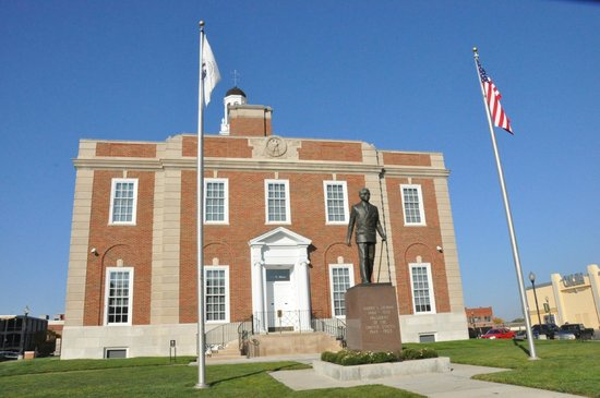 Historic Jackson County Truman Courthouse/Truman Courtroom/Jackson Art Museum