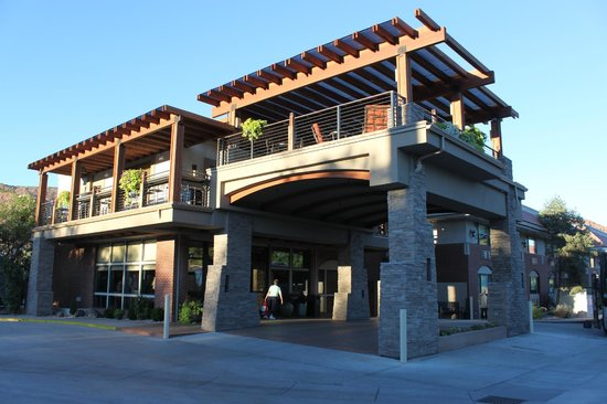 Entrance upstairs is outside breakfast room picture of for Best western moab