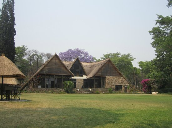 Hotel Harare Safari Lodge